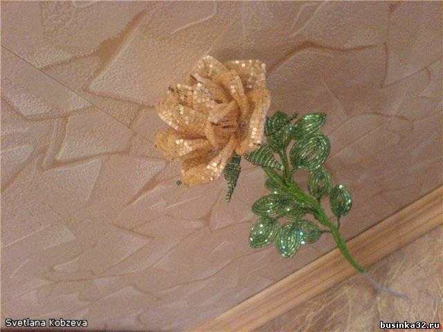 Подробная схема плетения розы из бисера.  Маленькая роза ЛЕПЕСТКИ.