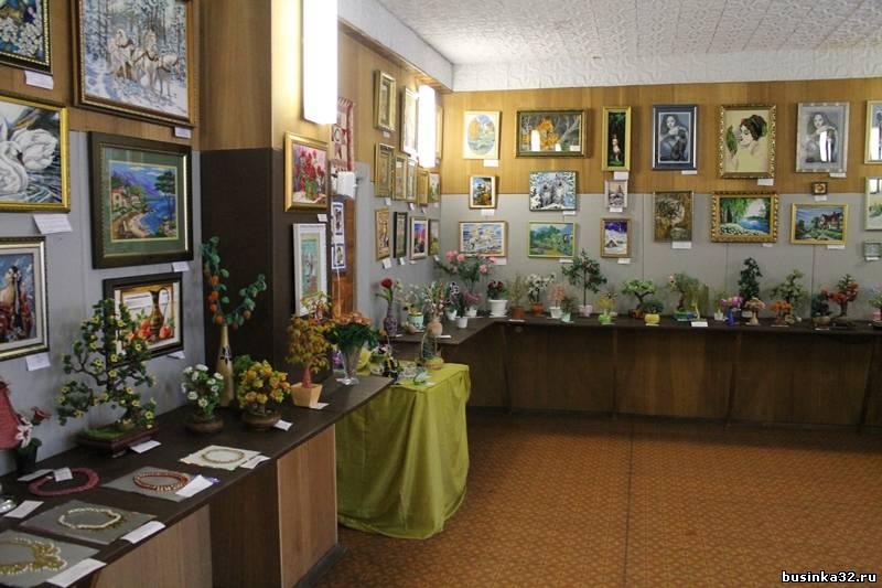 """Выставка  """"Радуга из бисера """" продлится до 28 декабря 2012 года.  Стоимость (входной билет) = 10 рублей. ) Боже мой..."""